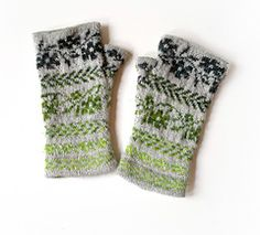 Ravelry: wild rose mitts pattern by alfa knits