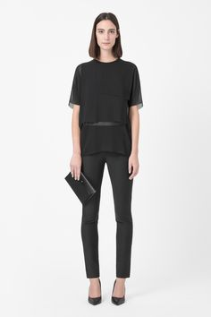 COS Sheer Layered Top with leather pants Fashion Brand, Girl Fashion, Fashion 2015, Pretty Outfits, Cool Outfits, Cos Tops, Wearing Black, Who What Wear, Party Wear