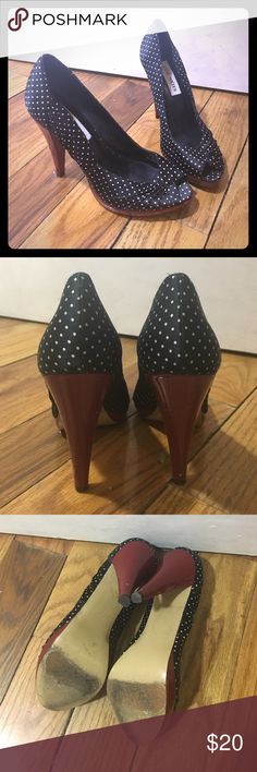 Steve Madden Richh Black Polka Dot Peeptoe  Pumps Super cute Polka dot peeptoe Pumps. Fabric upper and leather outsole. Some nicks to back of red heel (see 3rd picture). Steve Madden Shoes Heels