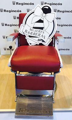 Visitando @salonlookmadrid para continuar innovando 💪💪 Nos encanta peinar con cepillos naturales y artesanales para resultados top @regincoshair #brushing #brushinghair #cepillos #peinar #pentinar #barber #barbershop #barberwoman #cool #look #barcelona #bcn #barcelonagram #bcngay #madrid #hairsalon #salonlook #salonlook2016