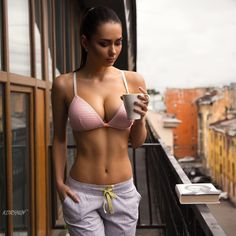 Fit and Sexy Women Sexy Women, Fit Women, Mädchen In Bikinis, Femmes Les Plus Sexy, Coffee Girl, Coffee Lovers, Sexy Girl, Ideias Fashion, Fitness Women