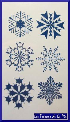 TATOUAGES TEMPORAIRES TATOO (x4) - Body art - Flocons de neige - Bleu encre