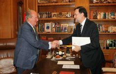 02 June 2014 Spanish King Juan Carlos will abdicate in favour of his son, Prince Felipe, Prime Minister Mariano Rajoy has announced.