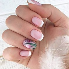 Beautiful Flowers In Combination With White French Manicure ★ French nails design ideas and tips for natural or acrylic, short or long nails with glitter French Manicure Acrylic Nails, French Manicure Designs, Pretty Nail Designs, Winter Nail Designs, French Tip Nails, Gold Nails, Nail Manicure, Nails Design, Short French Nails