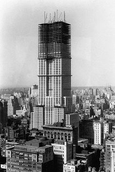 """""""1929-1931 - Empire State Building under construction"""""""