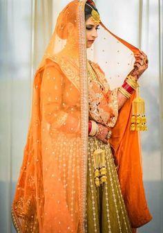 Bridal Dupatta, Bridal Mehndi Dresses, Bridal Outfits, Sikh Bride, Punjabi Bride, Intimate Wedding Ceremony, Intimate Weddings, Bridal Portraits, Bridal Looks