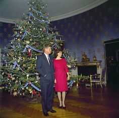 We're dreaming of a White (House) Christmas! Schumacher Blue Room lampas lining the walls at 1600 Pennsylvania Avenue, December 1961