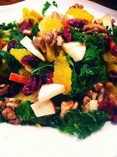 Grønkålssalat | Kreamors Køkken Green Life, Seaweed Salad, Palak Paneer, Broccoli, Salads, Easy Meals, Ethnic Recipes, Foods, Food Food