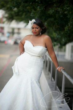 Plus size brides - Beautiful gown befitting a queen. Plus Size Brides, Plus Size Wedding Gowns, Fat Bride, Bridal Dresses, Bridesmaid Dresses, Curvy Bride, Black Bride, Beautiful Bride, Marie