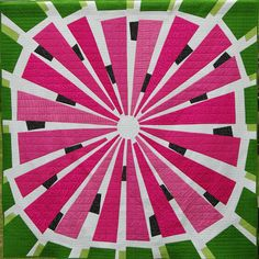 I really really really woud like to make this quilt: Watermelon Wedge Quilt