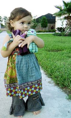 Bethany Gonzalez Moreno posted this beautiful picture of her daughter in a  recent review of Pebble products on her site B. Eco Chic. 1a1a34ca72