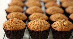 The Parenting Project: (no sugar) Carrot, Apple and Zucchini Muffins. I just made these and they are awesome! Didn't have zucchini so I subbed grated beets. The muffins are bright pink! Zucchini Muffins, Veggie Muffins, Carrot Muffins, Gluten Free Muffins, Cranberry Muffins, No Sugar Snacks, Yummy Treats, Sweet Treats, Breakfast Items