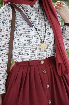 Merlot button up skirt with white patterned top and gold robe jewelry Islamic Fashion, Muslim Fashion, Modest Fashion, Hijab Fashion, Fashion Dresses, Casual Hijab Outfit, Casual Outfits, Cute Outfits, Modest Dresses