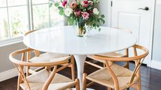 Style on a shoestring: 10 iconic Ikea buys that look far more expensive than they really are Dining Room Table Decor, Kitchen Decor, Room Decor, Dining Rooms, Mesa Tulip, Console, Dining Suites, Scandi Home, Bentwood Chairs