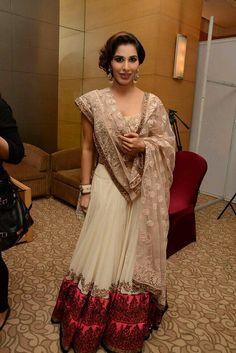 Bridal Hair Maang Tikka Bangles Indian Bridal Lehenga