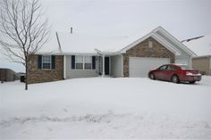 Rockford Real Estate-Homes For Sale 5114 Didier Avenue ROCKFORD, IL 61101 mls # 201400046 $132,000 Sharp 3 bed, 2 bath, split floorplan ranch in Elmgate subdivision. 1318 sq feet plus 1000 sq feet finished in the basement. Hardwood flooring in the living room and master bedroom. Eat in kitchen with tile flooring. Main floor laundry. Master bedroom with master bath. Lower level dry bar.