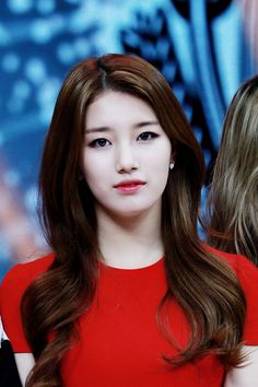 Find images and videos about miss a, suzy and bae suzy on We Heart It - the app to get lost in what you love. Korean Beauty, Asian Beauty, Korean Girl, Asian Girl, Miss A Suzy, Beauty And Fashion, Eyeliner, Eyeshadow, Bae Suzy