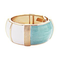 Block of turquoise and white colour woven together with gold creating a elegant vintage look. Cuff Bracelets, Bangles, Vintage Looks, Turquoise, Colour, Elegant, Gold, Jewelry, Fashion