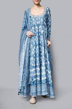 Buy Kairavi Suit online on Anita Dongre and delve into handcrafted treasures. Shop from the comfort of your home, with our cash on delivery (COD) services. Anarkali Dress, Pakistani Dresses, Indian Dresses, Indian Anarkali, Lehenga, Ethnic Outfits, Boho Outfits, Indian Wedding Outfits, Indian Outfits