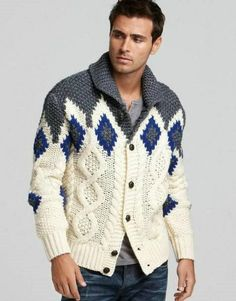Men's hand knit buttoned cardigan – Hand Knitting Mens Knit Sweater, Hand Knitted Sweaters, Shawl Collar Cardigan, Knit Cardigan, Sweater Design, Knitting Designs, Knitting Patterns, Mantel, Hand Knitting