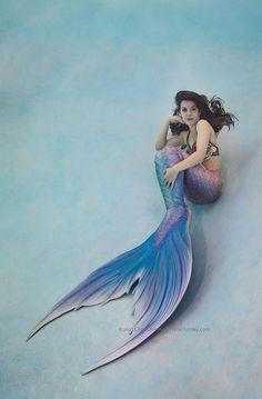 Model: Mermaid Viktoria  Photographer: Chris Crumley  Tail: Finfolk Productions Top: Mermaid Hyli