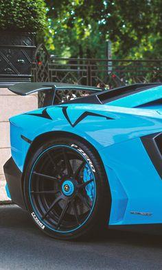 "supercars-photography: ""Lamborghini Aventador SV Roadster (via) """
