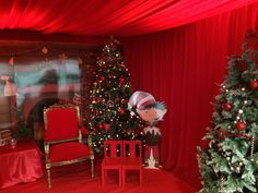 Draping Bliss work nationwide supplying beautiful draping and venue decor to all of the event and wedding industry. Christmas Fayre Ideas, Christmas Crafts, Christmas Decorations, Holiday Decor, Christmas 2017, Christmas Tree, Fete Ideas, Class Displays, Draped Fabric