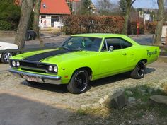 New Vintage Cars Muscle Plymouth Road Runner Ideas 1970 Plymouth Roadrunner, Plymouth Cars, Plymouth Gtx, Plymouth Road Runner, Rat Rods, Old Muscle Cars, American Muscle Cars, Buy Car Online, Mustang Cobra