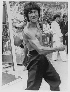 60 Best Rare Bruce Lee Pics Images Enter The Dragon Bruce Lee