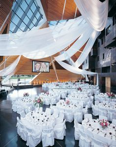 Macnamara Alumni Center | Wedding Venues in Minneapolis, Minnesota