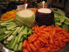 cabbage bowl vegetable tray :-) @Jennifer Milsaps Sluis - i can totally see you doing this!