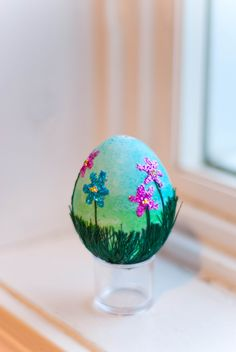 Easter egg scene! I made this with a blown-out egg, green thread, and some beautiful glitter. I wish I had time to make more!  (egg credit: Janessa Graves; photo credit Mary McMurray)