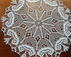 Crochet+doily+white+large+lace+doilie+Venetian+Gondolas
