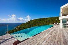 Stunning Shiro Villa, fabulous ocean views and just minutes to the beach
