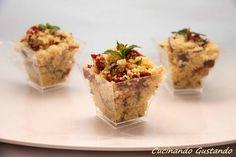 Il Cous cous pomodori secchi melanzane è una gustosa variante del tabulè perfetto da realizzare come sfizioso antipasto da servire come finger food.