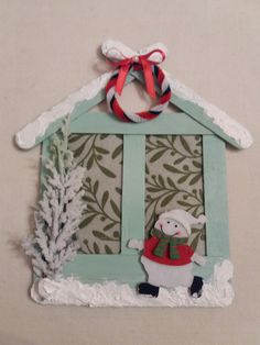 Learn how to make Easy Christmas Crafts for Kids with these amazing Popsicle Stick Christmas Ornaments. Popsicle Stick Christmas Crafts, Easy Christmas Ornaments, Christmas Crafts For Kids To Make, Popsicle Stick Crafts, Craft Stick Crafts, Simple Christmas, Kids Christmas, Handmade Christmas, Holiday Crafts