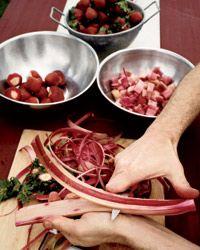 Old-Fashioned Strawberry-Rhubarb Crisp Recipe