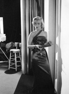 """Marilyn Monroe as Pola Debevoise In """"How To Marry A Millionaire""""   release date Nov 5, 1953"""