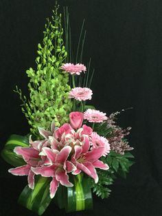 Beautiful floral arrangement                                                                                                                                                                                 More #arreglosflorales