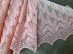 Free Pattern: Wavy Leaves and Butterflies by Athanasia Andritsou