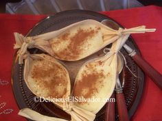 Leche Poleada/Salvadoran Vanilla Custard served on a corn husk!