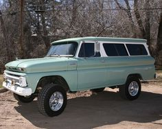 1965 Chevrolet Suburban 4X4