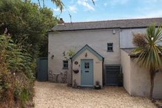 Millerson - St Austell Sales present this 2 bedroom cottage in Phernyssick Road, St. Roseland Peninsula, Cornish Cottage, Window Seat Storage, Multi Fuel Stove, Inglenook Fireplace, Light Take, Planning Permission, Entrance Gates, Open Plan Kitchen