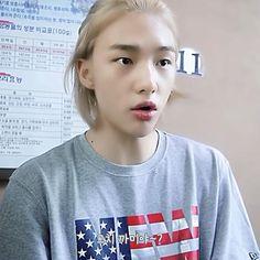 Cute Boy Things, Stray Kids Seungmin, Blackpink Video, Candle Magic, Crazy Kids, Kpop, Kids Videos, Taekook, Boyfriend Material