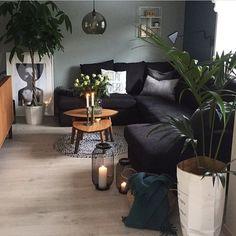 """326 Likes, 10 Comments - Stine Gundersen Skjerveggen (@stinegskjerveggen) on Instagram: """"[ FREMSNAKK ] Ta en titt på denne flotte stua til @_gunnh_  Elsker alle de flotte plantene og den…"""""""