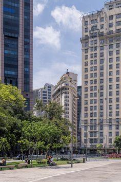 https://flic.kr/p/DuumgV | Centro da Cidade | Downtown  Rio de Janeiro, Brazil. Have a great weekend!  _______________________________________________  Buy my photos at / Compre minhas fotos na Getty Images  To direct contact me / Para me contactar diretamente: lmsmartins@msn.com.