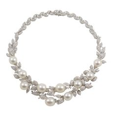 1stdibs | Diamond and Pearl necklace - I thought this was pretty. I almost choked when I saw that it is $55,000.00! Haha!