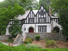architectural digest guide to english tudor mansions - Yahoo Image Search Results Revival Architecture, Architecture Design, Architecture Sketchbook, Style At Home, Tudor House Exterior, Tudor Style Homes, Tudor Homes, English Tudor, Architectural Digest