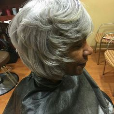 I'm convinced, I'd start drinking my coffee with my pinky sticking out if i rocked this elegantly layered classic bob!😆 😍  #GrayHair #GrayHairDontCare #GrayBob #GrayStreak #NaturallyGray #SistaYourGrayHairIsBeautiful @Regrann from @theehairtherapist -  Silver fox #hair #bob#sexysilver #dmvnetwork #dmv#dmvsalon #boblife #shine #healthy #dmvstylist #lovemyhair #maryland #mdhair #gray