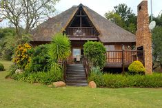 Onze Hazy - self catering holiday home in Hazyview - Mpumalanga Click on pic to see more. Our luxury double storey thatched Villa is nestled in the secure confines of the magnificent Kruger Park Lodge, Sabie River and only 7 minutes drive from the entrance to the world renowned Kruger National Park. Park Lodge, Self Catering Cottages, 7 Minutes, Kruger National Park, Cottage Ideas, Entrance, Villa, Cabin, River